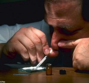 cocaine 300x278 Ассортимент Наркомана